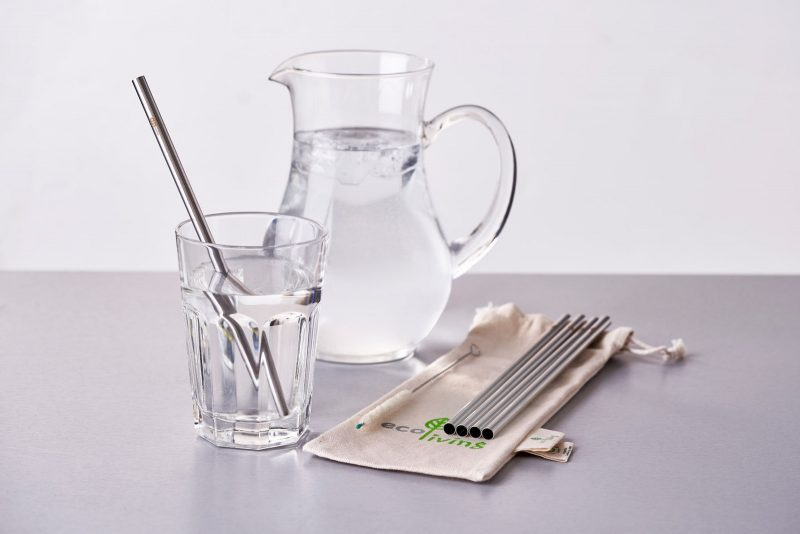 roduct image of Ecoliving;'s set of 5 metal, smoothie straws with a natural cleaning brush and pouch