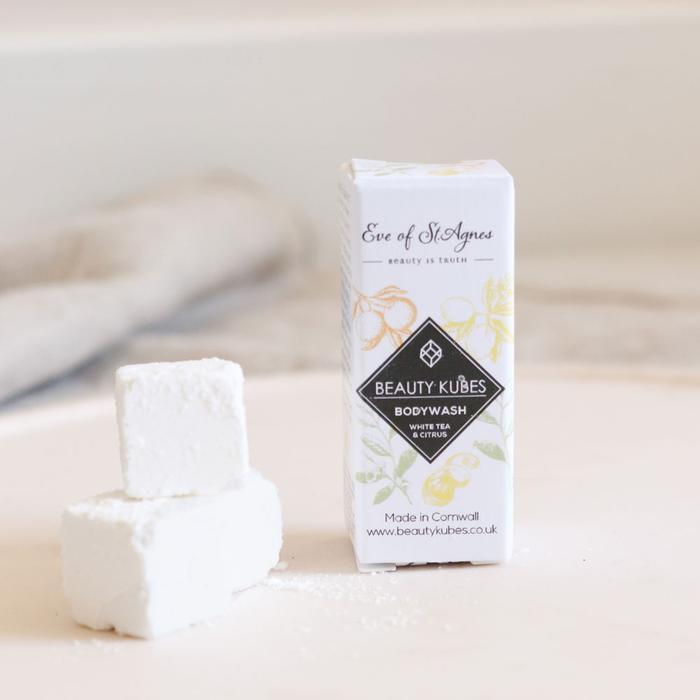 Product image of our Beauty Kubes White Tea and Citrus travel samples